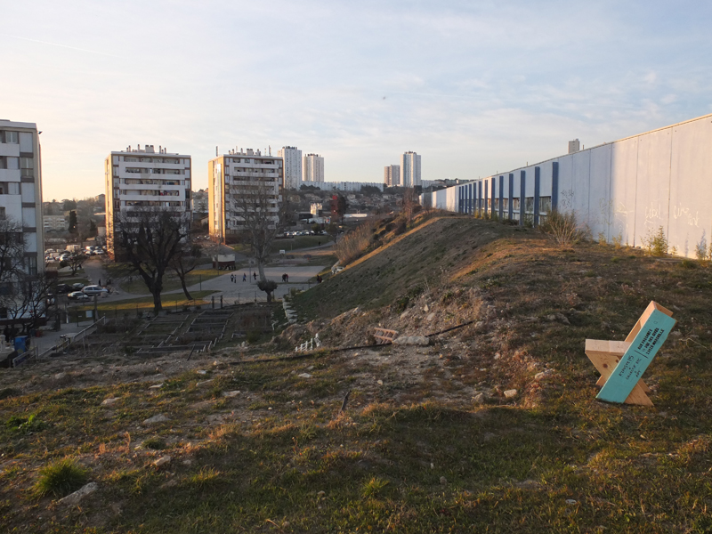 Collectif-Etc-Marseille - Chaises Postales - 2013 (1)